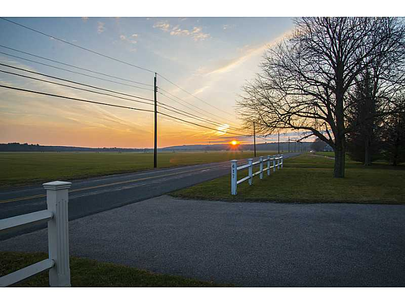 saunderstown hindu singles Find saunderstown homes for sale with the real estate book view property listings and connect with real estate agents in saunderstown, ri homes single family.